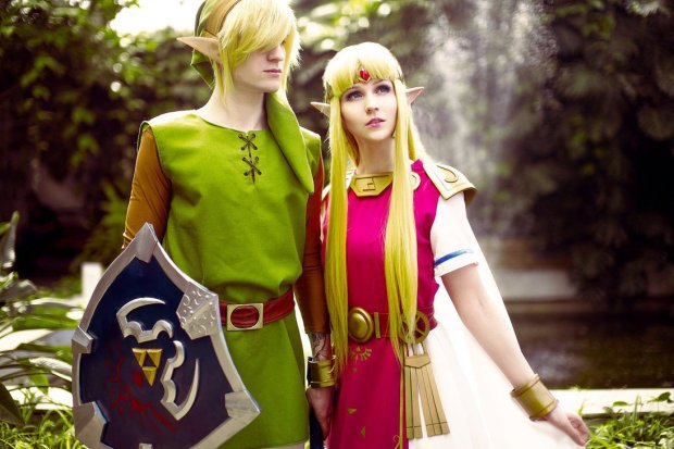 cosplay zelda link  the_hero_and_the_princess_by_ver1sa-d7dgmsv