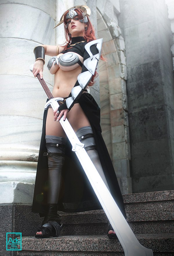copy-of-dragon-con-2013-queens-blade-hardy-100_ppno-logo